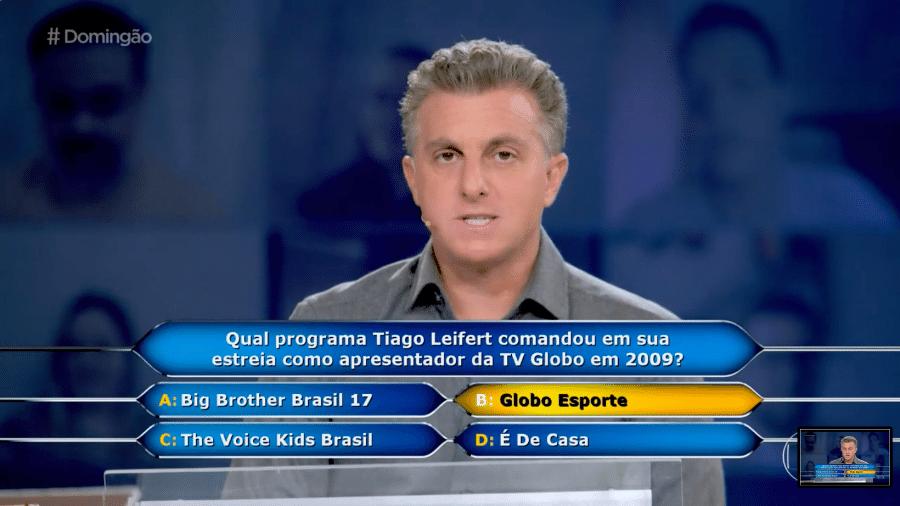 """Tiago Leifert vira questão do quadro """"Quem Quer Ser Um Milionário"""", do """"Domingão"""" - Reprodução/Globo"""