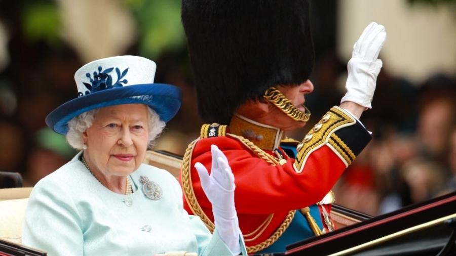 Apresentação do Trooping the Colour, cerimônia realizada pelos regimentos militares britânicos e dos exércitos dos Reinos das Nações, em Londres  - Frame/Folhapress