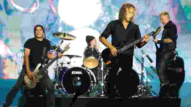 """A banda Metallica encerrou o primeiro dia no palco Skol, do Lollapalooza, com várias faixas de seu novo disco """"Hardwired? To Self Destruct"""" - Alexandre Schneider/UOL - Alexandre Schneider/UOL"""