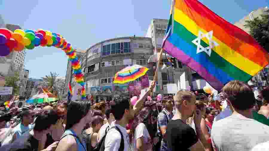 Aplicativo foi desenvolvido por grupo que diz ajudar pessoas em conflito sobre sua fé e sexualidade - Getty Images