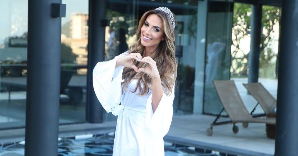 Nicole vai usar uma tiara em seu casamento com Marcelo Bimbi na Candelária, no Rio