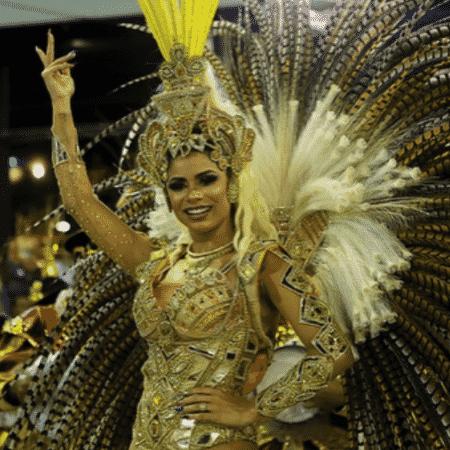 Lexa no desfile da Bangu - Reprodução/Instagram