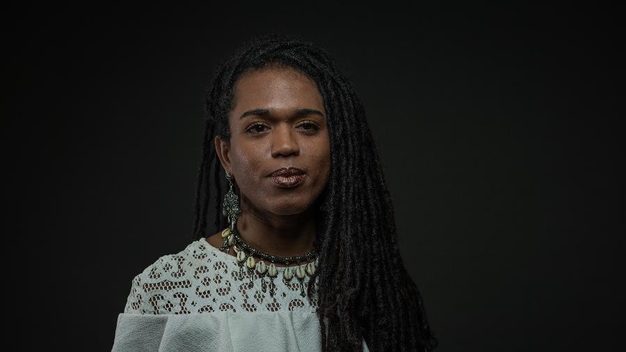A deputada estadual Erica Malunguinho (PSOL) em retrato feito na Alesp - Bruno Santos/Folhapress