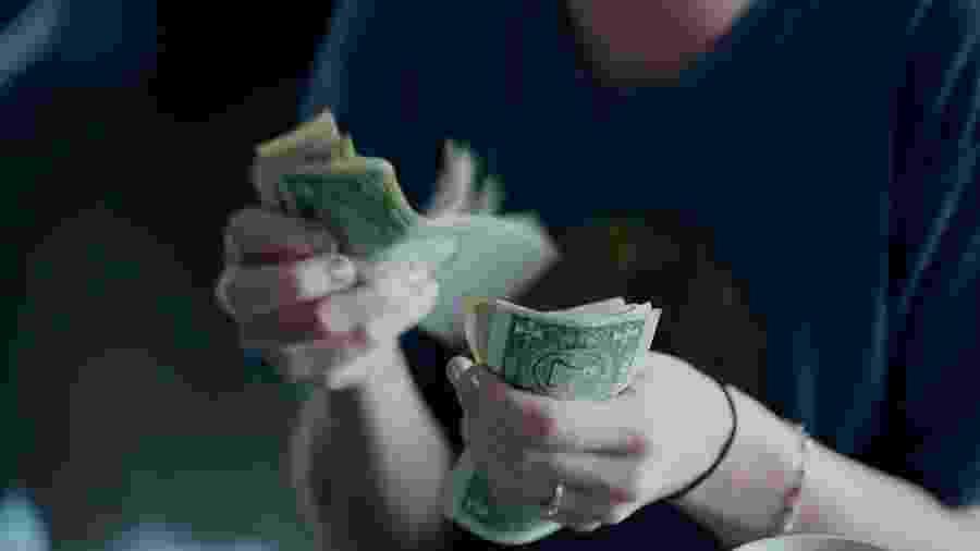 Dinheiro em fevereiro: leia as previsões para o seu signo - Sharon Mcutten