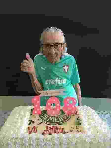 Em seu aniversário de 108 anos, em dezembro útimo - Arquivo Pessoal