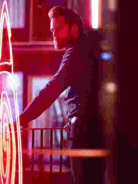 """Alexander Skarsgard como Randall Flagg em cena de """"The Stand"""" - Reprodução/Instagram"""