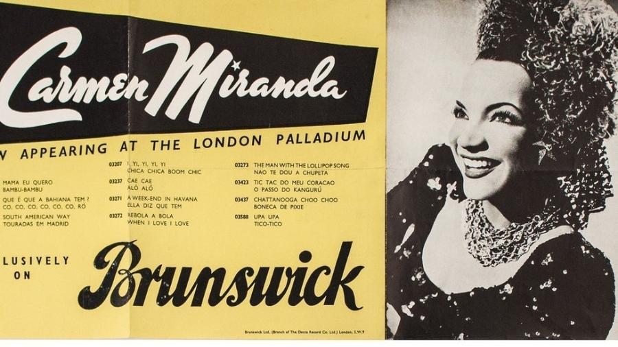 Carmen Miranda, em sua única temporada de espetáculos na Inglaterra, apresentou-se no London Palladium durante um mês, fazendo duas apresentações diárias com seu conjunto, o Bando da Lua - Coleção Haroldo Coronel/Divulgação
