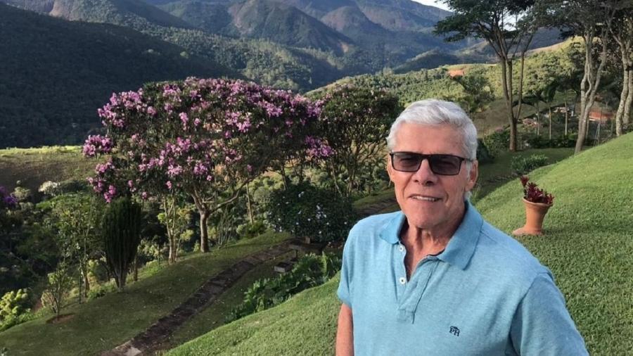 José Mayer aparece em foto recente, em sua propriedade na serra do Rio de Janeiro - Reprodução/Instagram