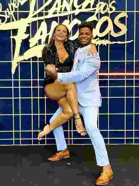 Viviane Araújo com o ex-parceiro Adeilton Ribeiro na 'Super Dança dos Famosos' - Reprodução/Instagram - Reprodução/Instagram