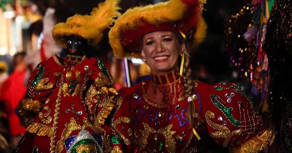 7.fev.2016 - Apresentação do Maracatu Piaba de Ouro, maracatu fundado pelo mestre Salu