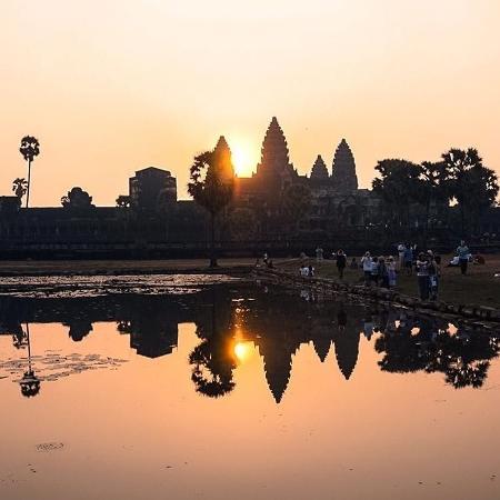 Excesso de turista tornou-se um problema nos templos de Angkor - Reprodução/Instagram/@genevievefunsizeloh