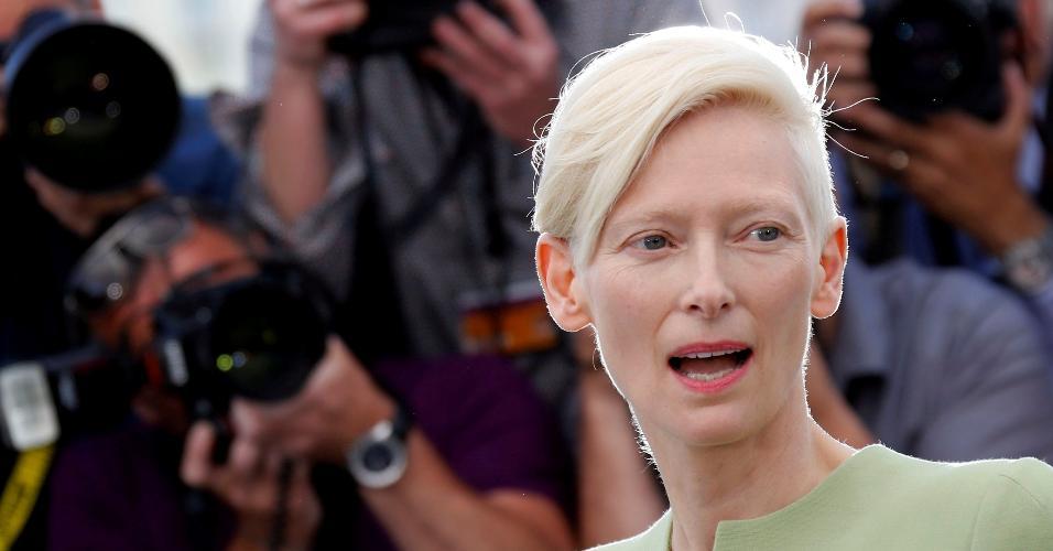 """A atriz Tilda Swinton conversa com a imprensa antes da exibição do filme """"Okja"""" no Festival de Cannes, na França"""