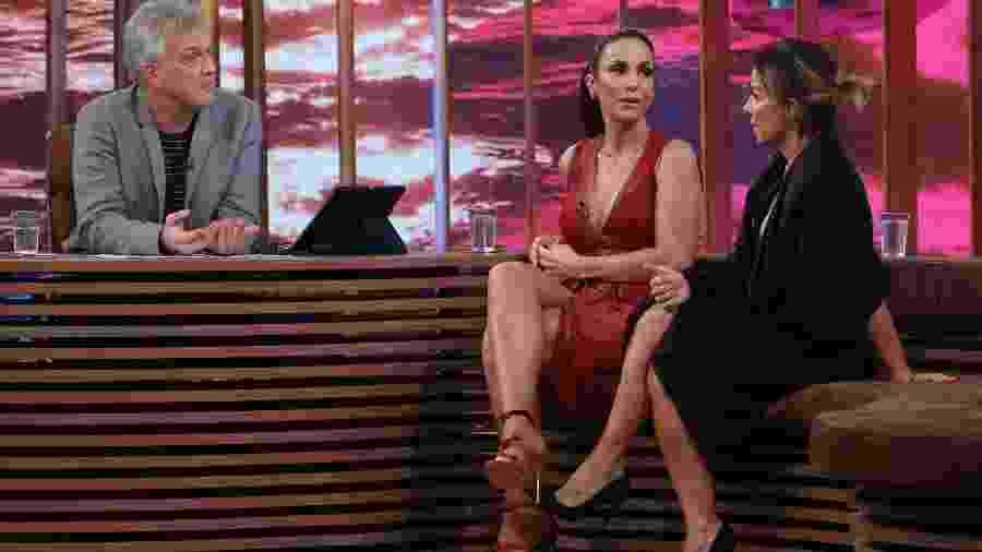 "Pedro Bial recebe Ivete Sangalo e Cynthia Sangalo no ""Conversa com Bial"" - Marcos Rosa/TV Globo"