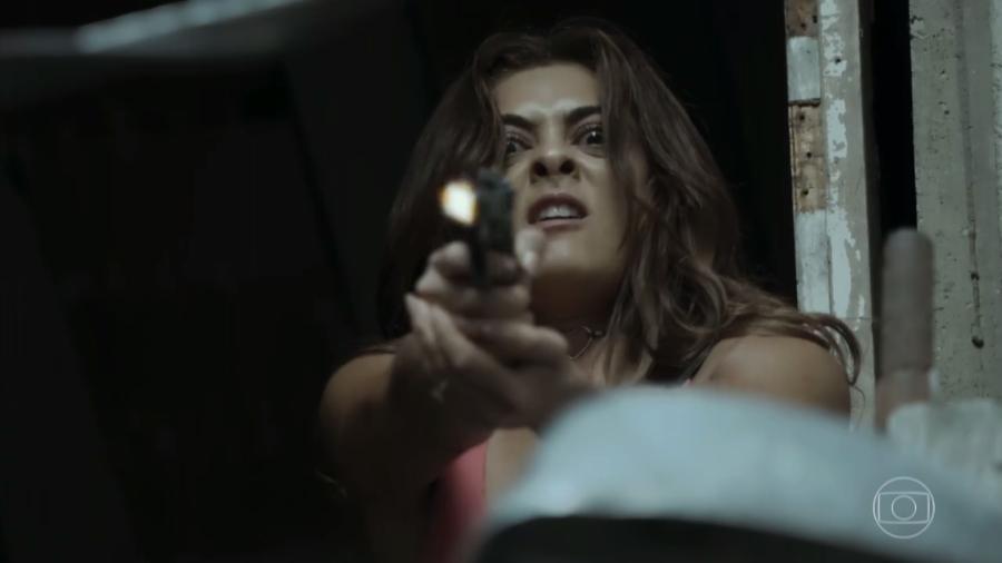 """Bibi (Juliana Paes) atira em """"A Força do Querer"""" - Reprodução/TV Globo"""