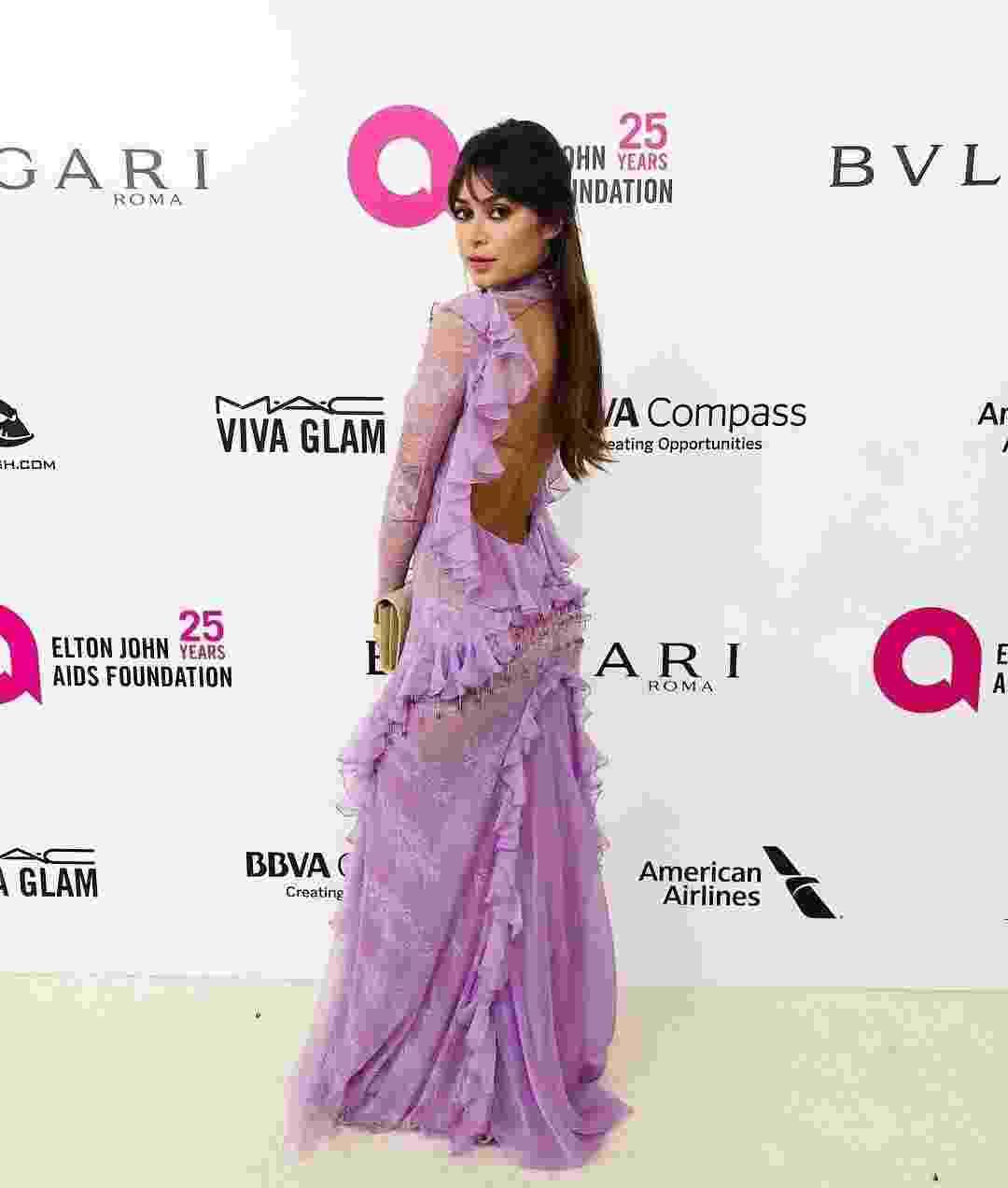 Thaila Ayala participa de festa paralela ao Oscar, nos EUA com look Le Lis Blanc. O baile Elton John AIDS Foundation Academy Award Party é encabeçado pelo cantor para arrecadar fundos para o combate à doença - Reprodução/Instagram/lelisblanc