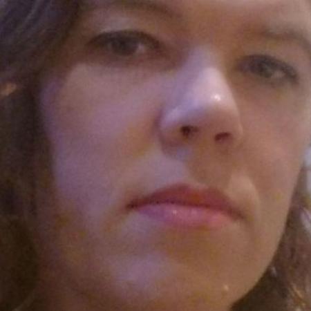 Verity Carter foi vítima de abusos sexuais desde os 4 anos de idade - Arquivo Pessoal