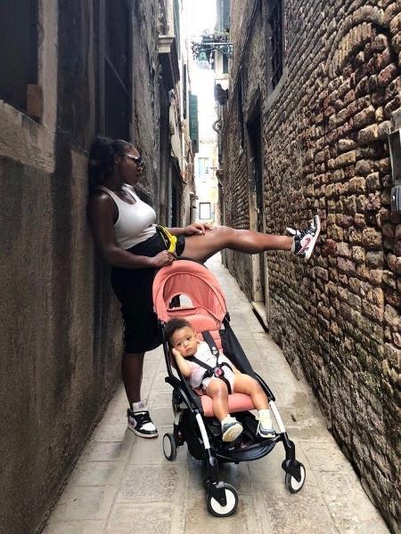 Serena Williams e a filha, Alexis Olympia - Reprodução/Twitter