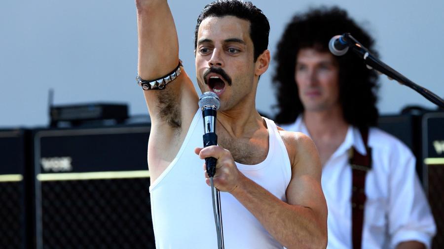 """Rami Malek em cena de """"Bohemian Rhapsody"""" - Divulgação"""