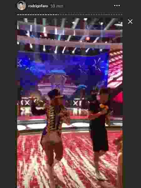 Faro ensaia para programa com Xuxa - Reprodução/Instagram/rodrigofaro