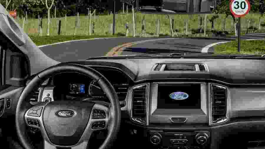Ford Ranger com leitor de sinais de trânsito - Divulgação/Ford