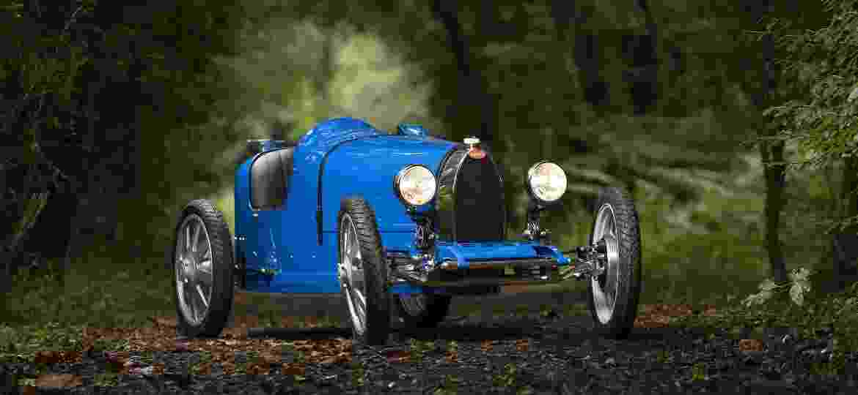 Bugatti Baby II tem motor elétrico e pode ser dirigido por crianças e adultos; serão fabricadas apenas 500 unidades - Divulgação