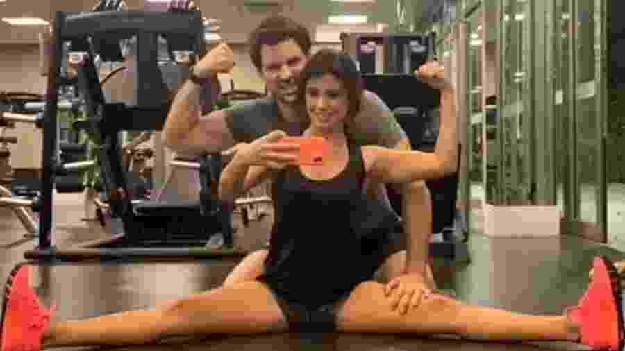 Paula Fernandes e o namorado Rony Cecconello - Reprodução/Instagram