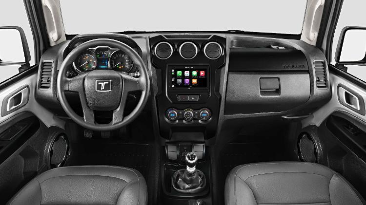 Detalhes na cor cinza-escura também estão presentes na cabine, mas T4 seguem sem airbags - Divulgação
