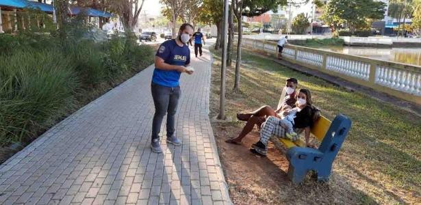 Por causa do coronavírus | Bragança Paulista obriga pedestres a andar em sentido único