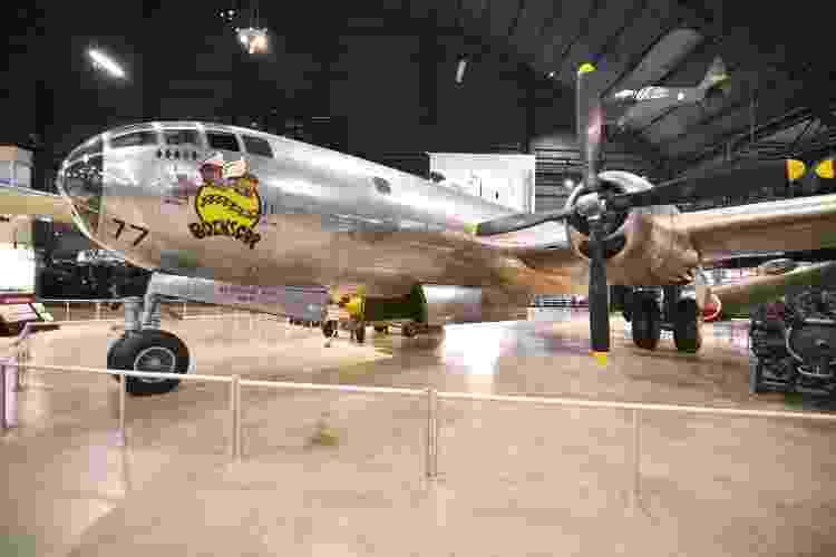Está em exibição no Museu Nacional da Força Aérea dos EUA o polêmico B-29 Bockscar, que lançou a bomba atômica em Nagasaki (Japão), em 1945 - Divulgação/Ken LaRock/NMUSAF - Divulgação/Ken LaRock/NMUSAF