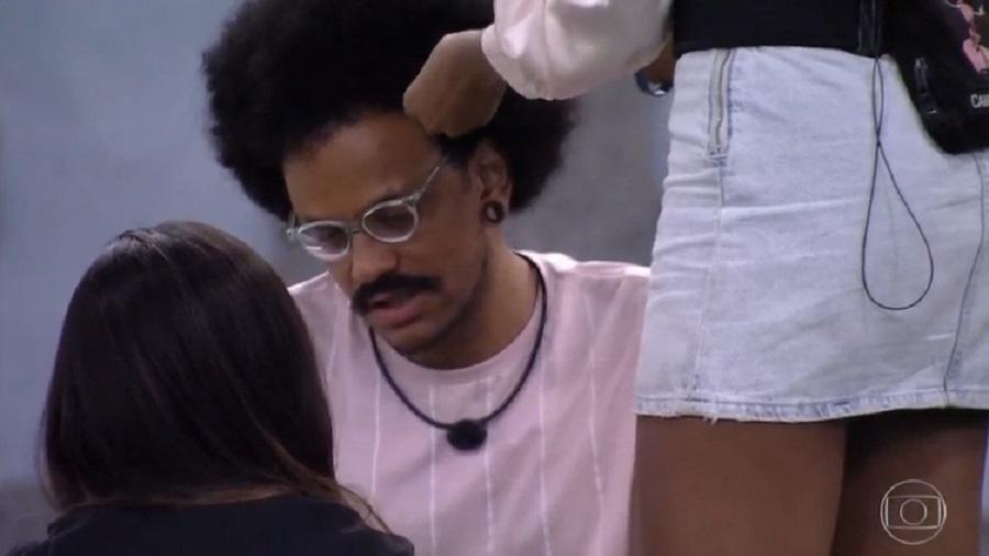 BBB 21: João Luiz chora após ir ao paredão - Reprodução/Globoplay
