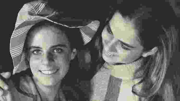 Se Zuzu lutou para descobrir o paradeiro do filho, suas filhas lutaram para provar que a mãe não morreu porque ingeriu álcool, cochilou ao volante ou sofreu um infarto. A Justiça brasileira reconheceu que a estilista foi assassinada por agentes da ditadura militar - Acervo do Instituto Zuzu Angel - Acervo do Instituto Zuzu Angel