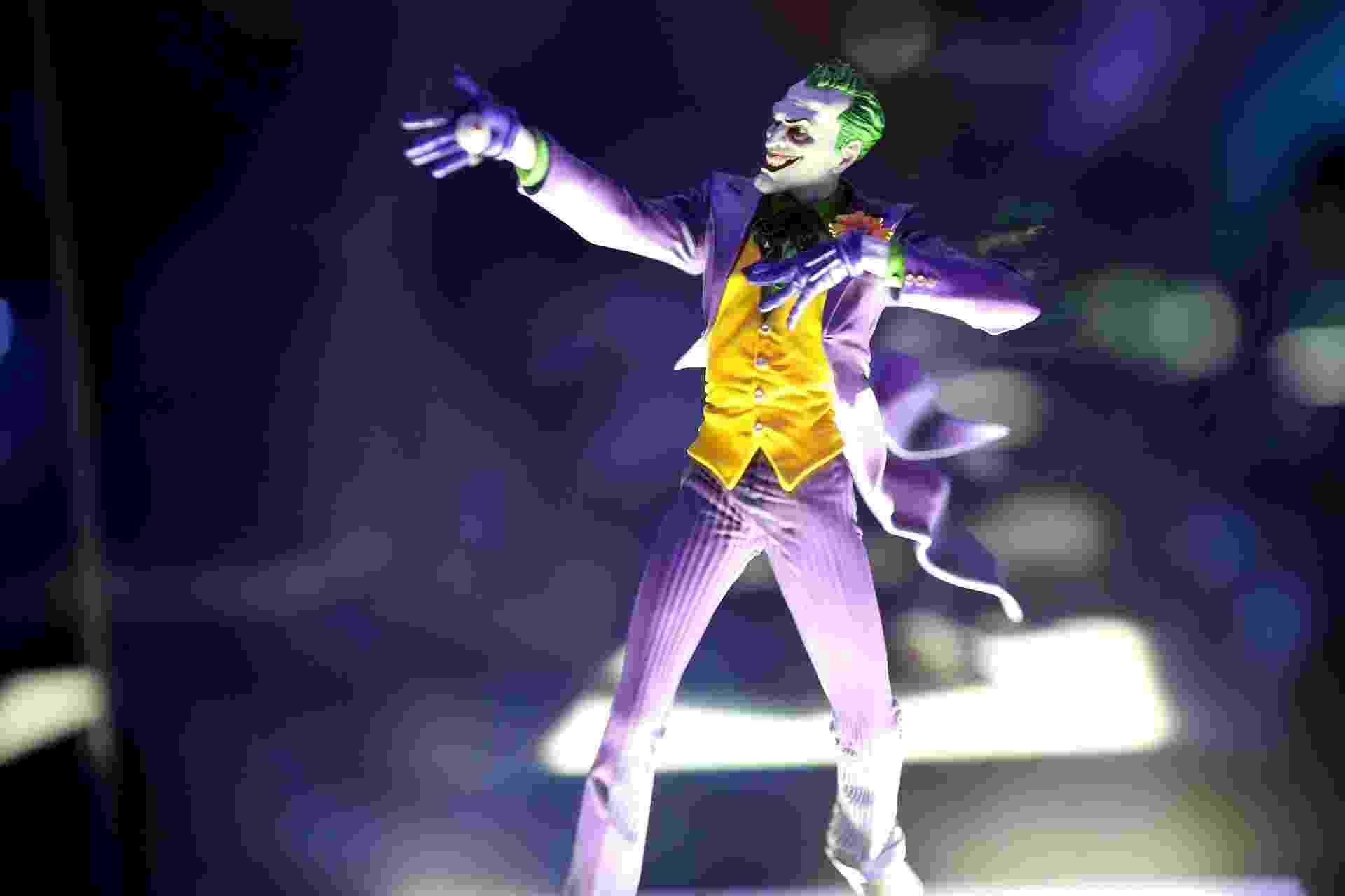 23.out.2015 - O universo de heróis e vilões da DC Comics são o tema de uma exposição na Iron Studios Concept Store, de 22 de outubro a 1º de dezembro. A entrada é gratuita - Derek Flores /UOL