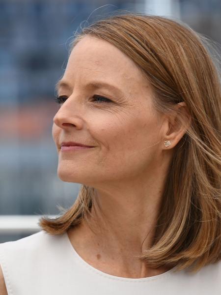 12.mai.2016 - A diretora Jodie Foster posa em Cannes -  REUTERS/Yves Herman