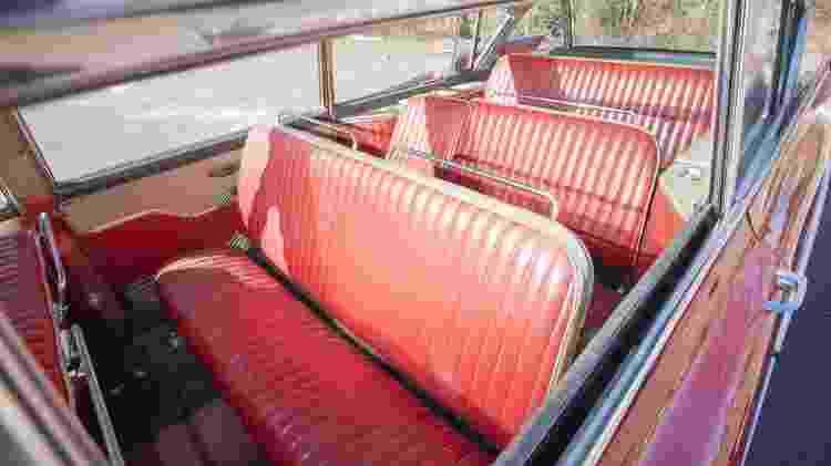 Interior da Cadillac Broadmoor Skyview 1959 - Divulgação - Divulgação