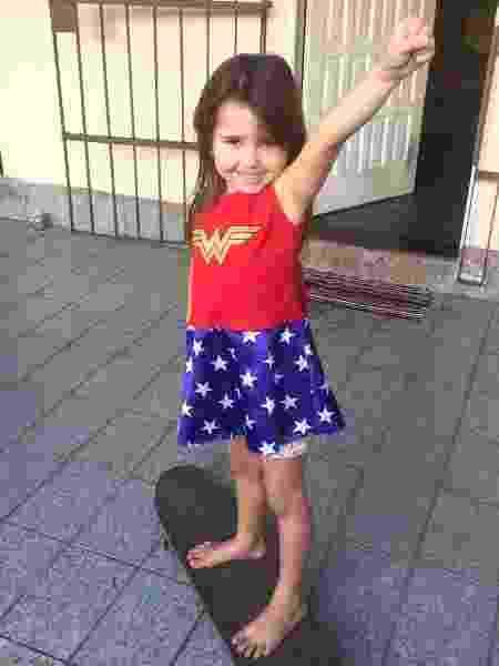 Liv Lima, aos 5 anos, já sabe que pode brincar do que quiser  - Arquivo pessoal - Arquivo pessoal