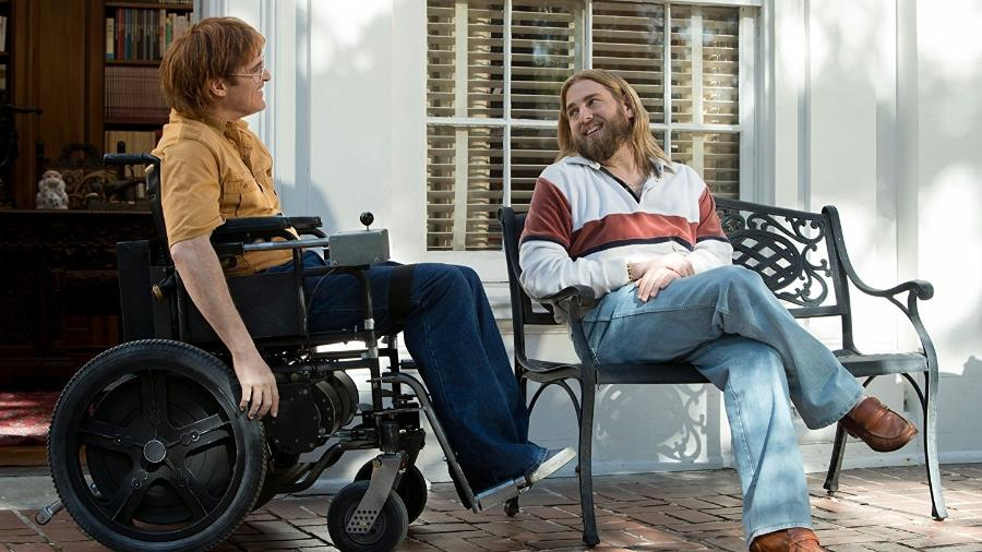"Joaquin Phoenix e Jonah Hill em cena do filme ""Don""t Worry, He Won""t Get Far on Foot"" - Divulgação"