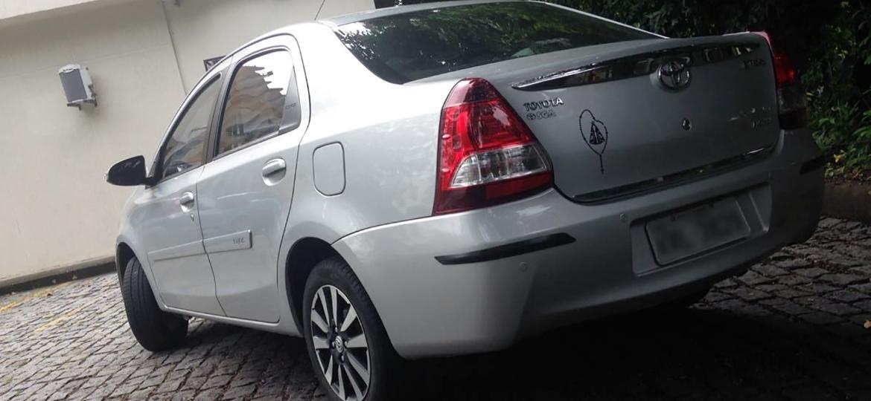 """Toyota Etios Sedan 1.5 Platinum do mineiro José Eduardo Ernesto Pinheiro. """"Espaçoso e seguro"""", afirma o cliente - Arquivo pessoal"""