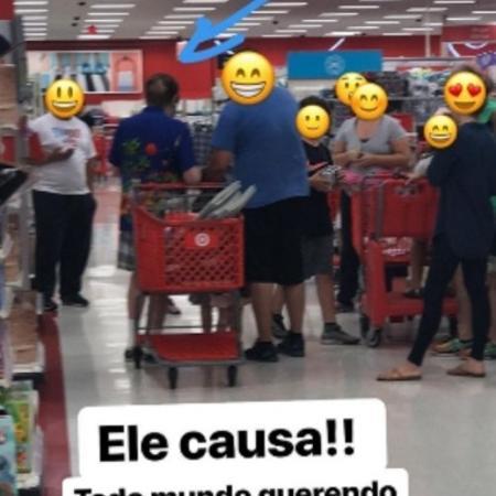 Silvio Santos repete camisa que fez sucesso em 2015 - Reprodução/Instagram/patriciaabravanel