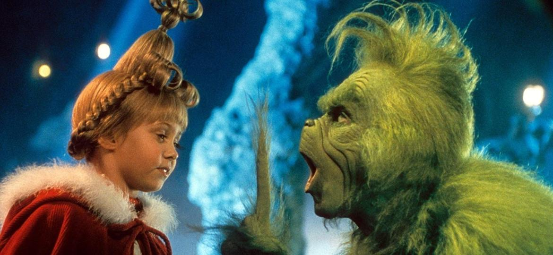 """Jim Carrey e Taylor Momsen em cena de """"O Grinch"""" (2000), de Ron Howard - Divulgação/Universal"""