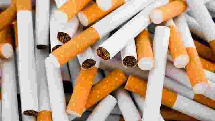O cigarro libera substâncias inflamatórias e que afetam a capacidade do sistema imune de combater germes que entram pelo seu nariz - iStock