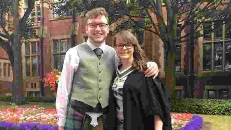 Scott Tuner-Smith e Jo Smith - Reprodução/Facebook