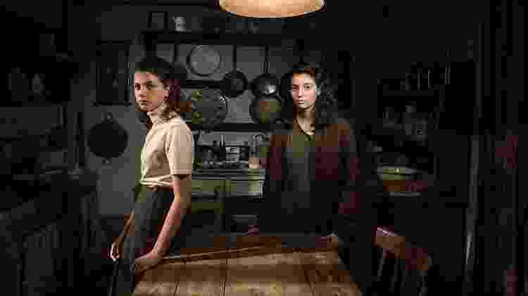 À direita, Lila (Gaia Girace), em cena de A Amiga Genial - Divulgação/IMDb - Divulgação/IMDb