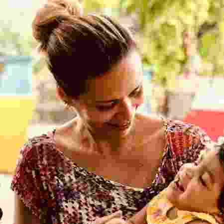 Aylla Kelly adotou uma bebê com paralisia cerebral - Arquivo Pessoal
