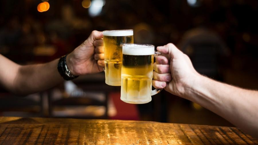 Pubs e restaurantes fechados e cancelamento de eventos esportivos e de festivais como o Oktoberfest, na Alemanha, afetaram a demanda por malte usado para fabricar cerveja e uísque - iStock