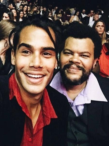 Os atores Micael Borges e Babu Santana, ambos formados pelo grupo do Vidigal - Arquivo Pessoal