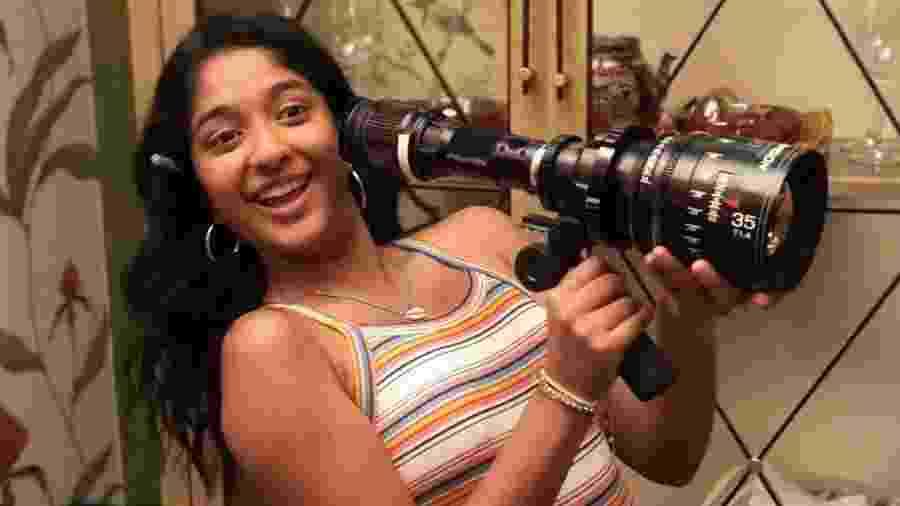 """A atriz canadense Maitreyi Ramakrishnan, estrela da série """"Eu Nunca"""", diz que gostaria de interpretar uma heroína - Reprodução/Instagram"""
