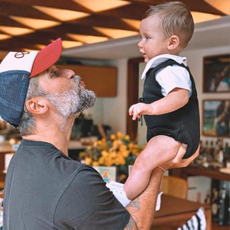 Bruno Gagliasso e o filho caçula, Zayn - Reprodução/ Instagram