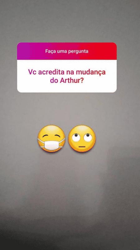 Perguntada sobre a mudança de Arthur Aguiar, a ex-sogra respondeu com um emoji revirando os olhos - Reprodução/Instagram - Reprodução/Instagram