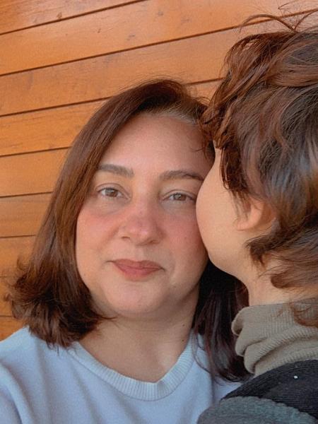 Andrea Nicolosi Oliveira, psicopedagoga e professora, mãe de T. - Acervo pessoal