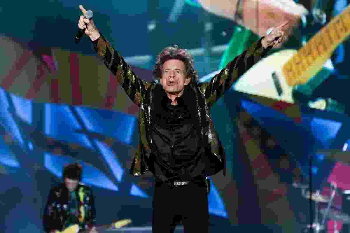 """27.fev.2016 - Os Rolling Stones fizeram o segundo show da turnê """"Olé"""" em São Paulo neste sábado (27) e abriram a apresentação com Jumpin' Jack Flash - Manuela Scarpa/Brazil News"""